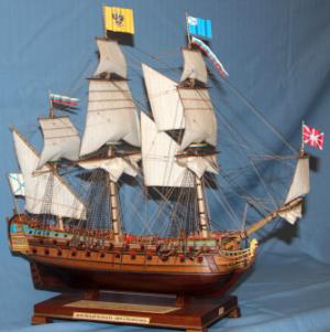 Модель  ручной работы корабля Ингерманланд.
