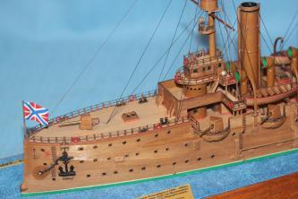 Авторская модель крейсера Аврора 31.