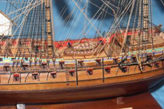 Модель корабля Ингерманланд. Паруса.