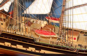 Готовая авторская модель барка Крузенштерн.
