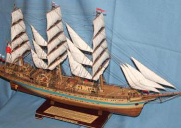 Модели кораблей - парусник Мир