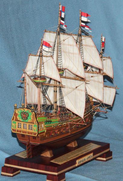 Модель корабля Орёл. Экипаж.