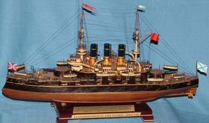 Модель военного корабля Потёмкин. Шлюпки и катера