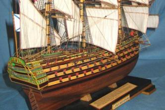 Модель парусного корабля Трёх Иерархов. Пушки.