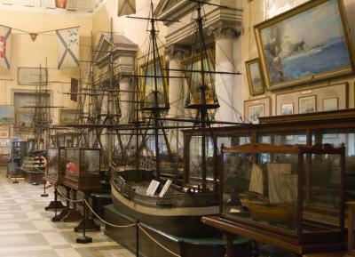 коллекция моделей парусных кораблей ЦВММ